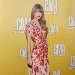Taylor Swift en la gala de los Premios CMA 2012