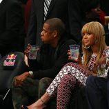 Beyonce y Jay-Z en un partido de la NBA