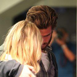 Andrew Garfield y Emma Stone, muy cariñosos en Los Angeles