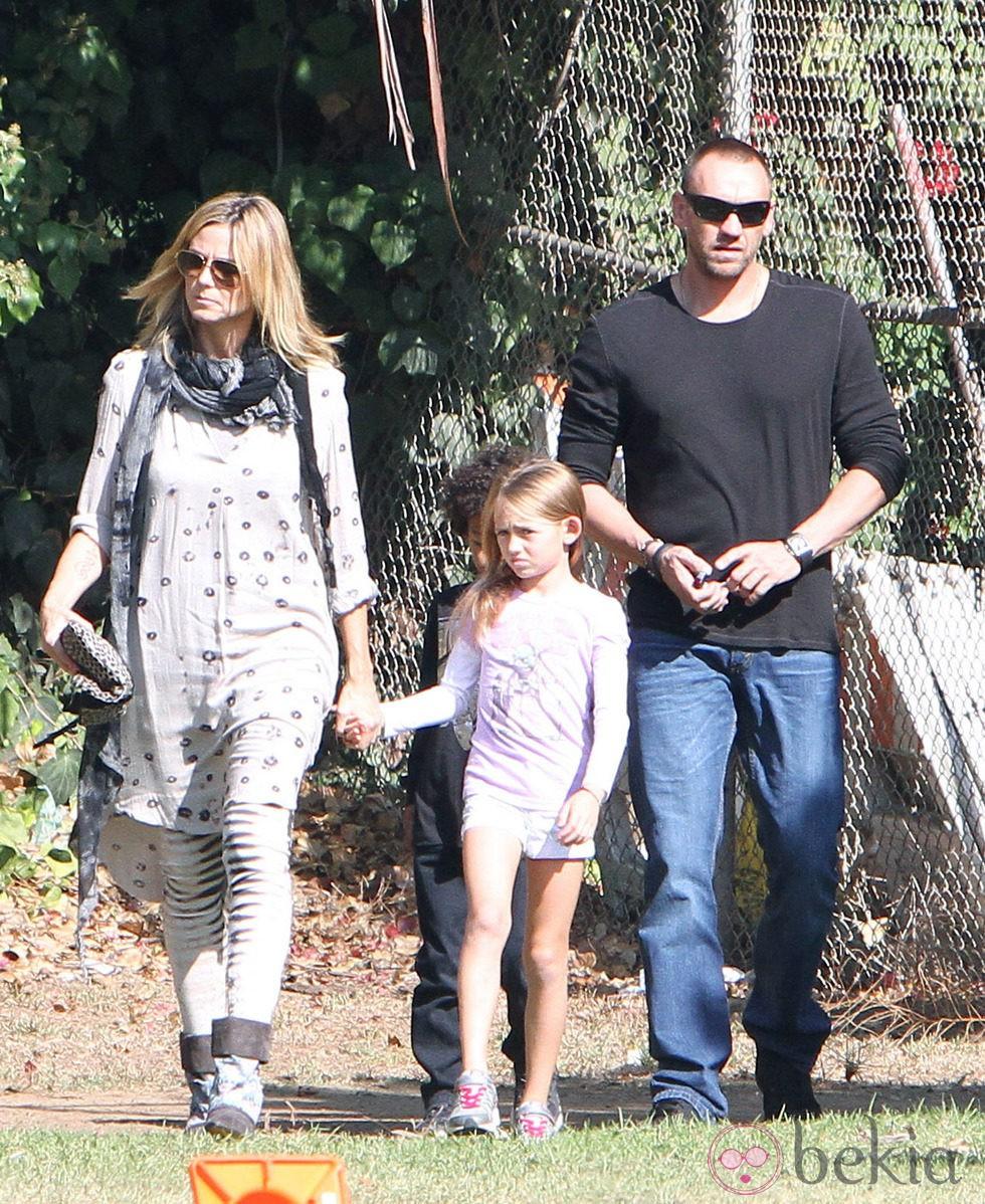 Heidi Klum con sus cuatro hijos y su novio Martin Kirsten