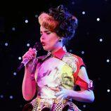Paloma Faith durante su actuación en la gala Music Industry Trusts Awards 2012