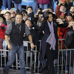 Bruce Springsteen de la mano de Michelle Obama