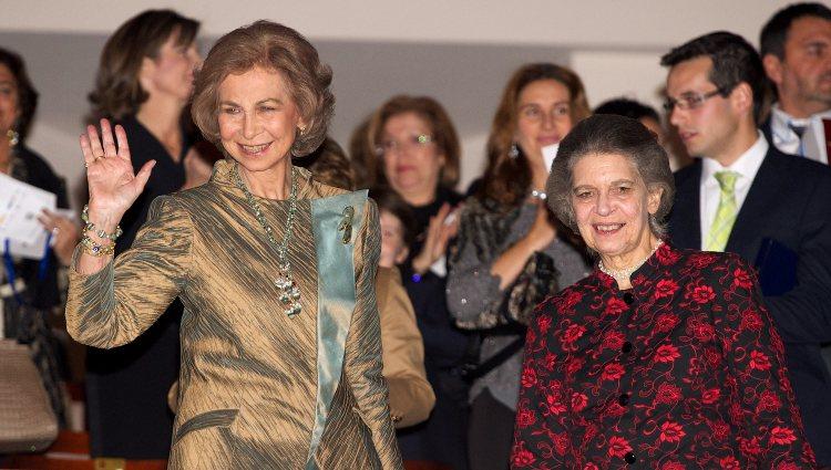 La Reina Sofía y la Princesa Irene de Grecia en la entrega del Premio BMW de Pintura