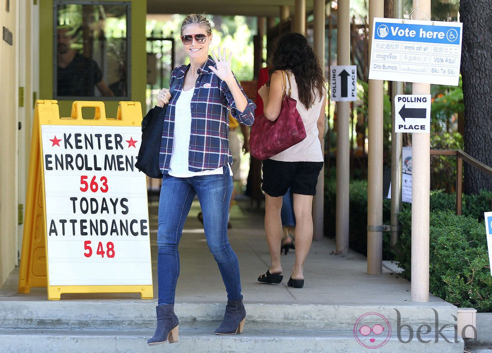 Heidi Klum da su voto en Brentwood