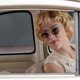 Scarlett Johansson en el coche en 'Hitchcock'