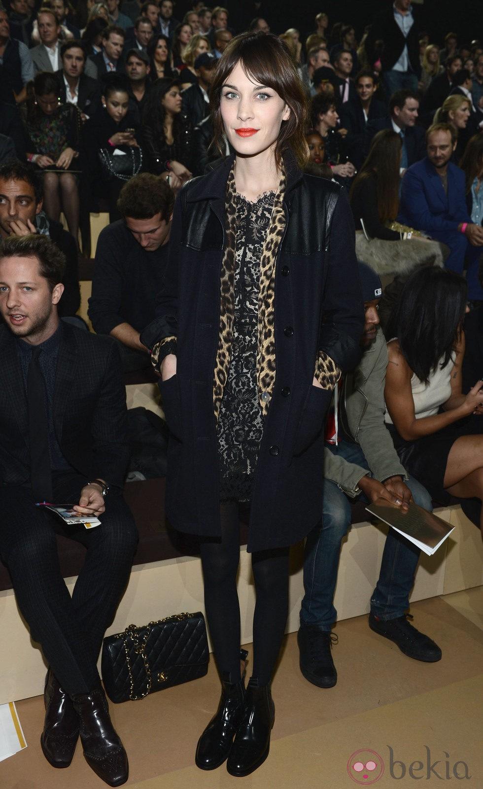 Alexa Chung En El Front Row Del Victoria 39 S Secret Fashion