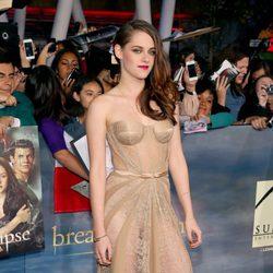 Kristen Stewart estrena 'Amanecer. Parte 2' en Los Ángeles