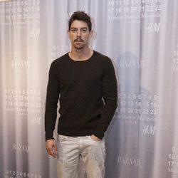 Adrián Lastra en la fiesta de Maison Martin Margiela y H&M