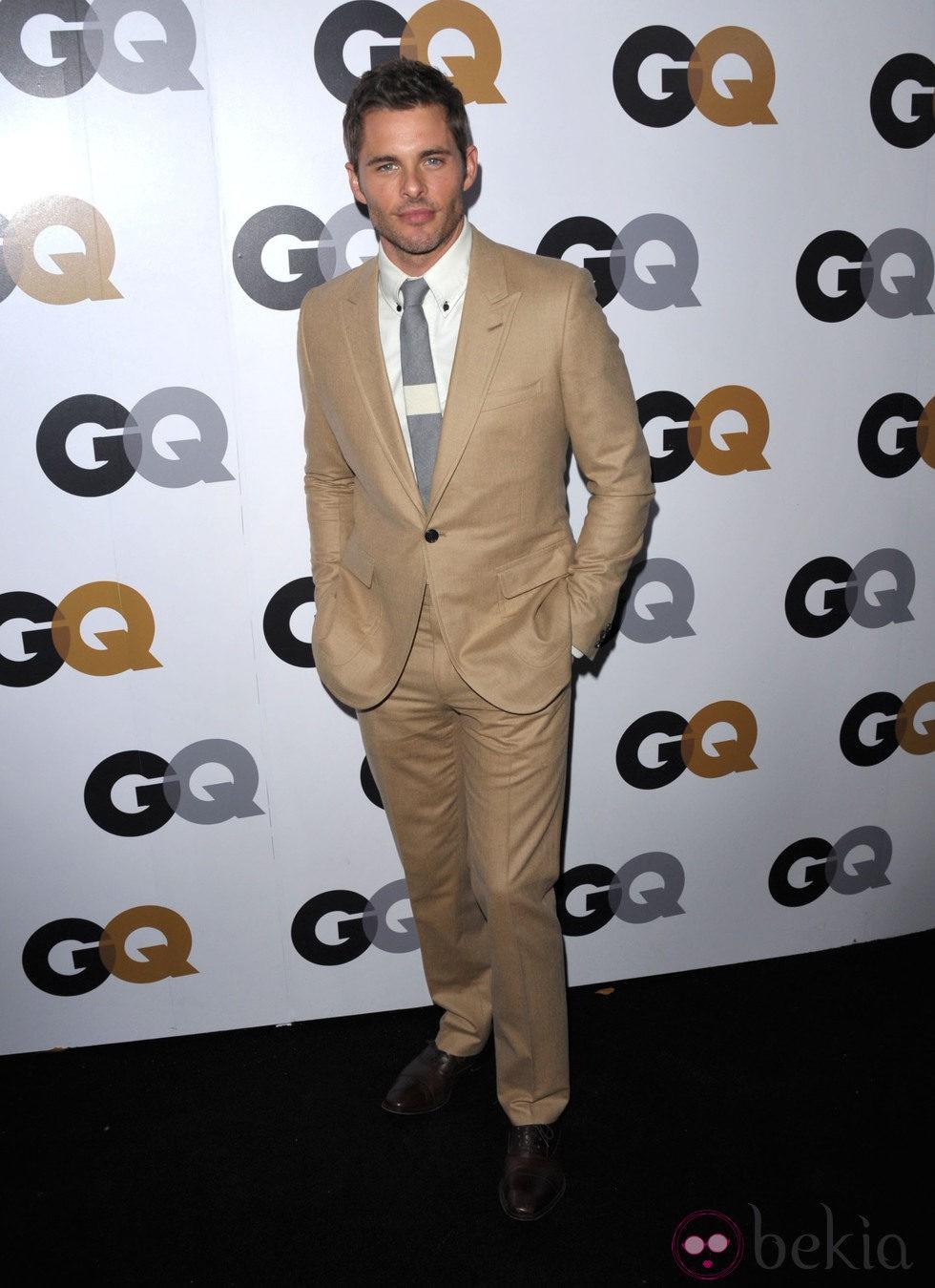 James Marsden en la fiesta GQ Hombres del Año en Los Angeles