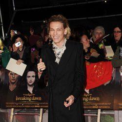 Jamie Campbell Bower en el estreno de 'Amanecer. Parte 2' en Londres