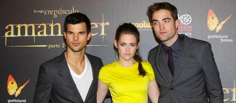 Taylor Lautner, Kristen Stewart y Robert Pattinson en el estreno de 'Amanecer. Parte 2' en Madrid