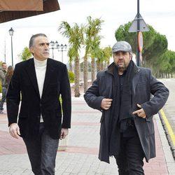 Juan Y Medio y Flo Fernández en la capilla ardiente de Miliki