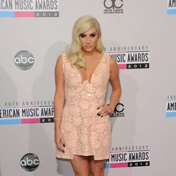 Kesha en los American Music Awards 2012
