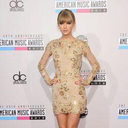 Taylor Swift en los American Music Awards 2012