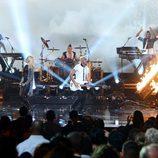 No Doubt en la actuación de los premios American Music Awards 2012