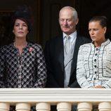 Carolina y Estefanía de Mónaco con Hans Adam de Liechtenstein en el Día Nacional de Mónaco 2012