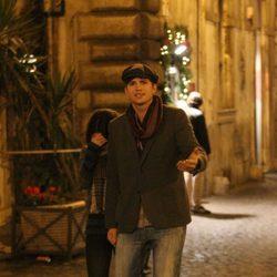 Ashton Kutcher y Mila Kunis se enfadan con la prensa en Roma
