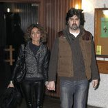 Ana García Lozano y su marido en el funeral de Miliki