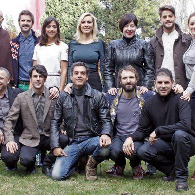 Reparto al completo de la serie de Antena 3 'Fenómenos'