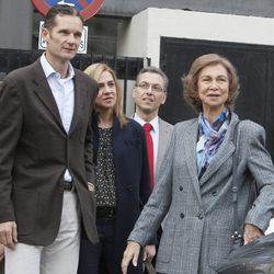 Iñaki Urdangarín, la Infanta Cristina y la Reina Sofía visitan al Rey Juan Carlos en el hospital