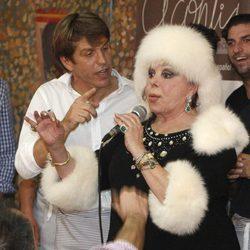 'El Cordobés', Marujita Díaz y Fran Rivera en el Rastrillo Nuevo Futuro 2012