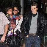 Halle Berry con su hija y su novio Olivier Martínez