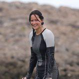 Jennifer Lawrence sonriente en el set de 'Los Juegos del Hambre: En llamas'