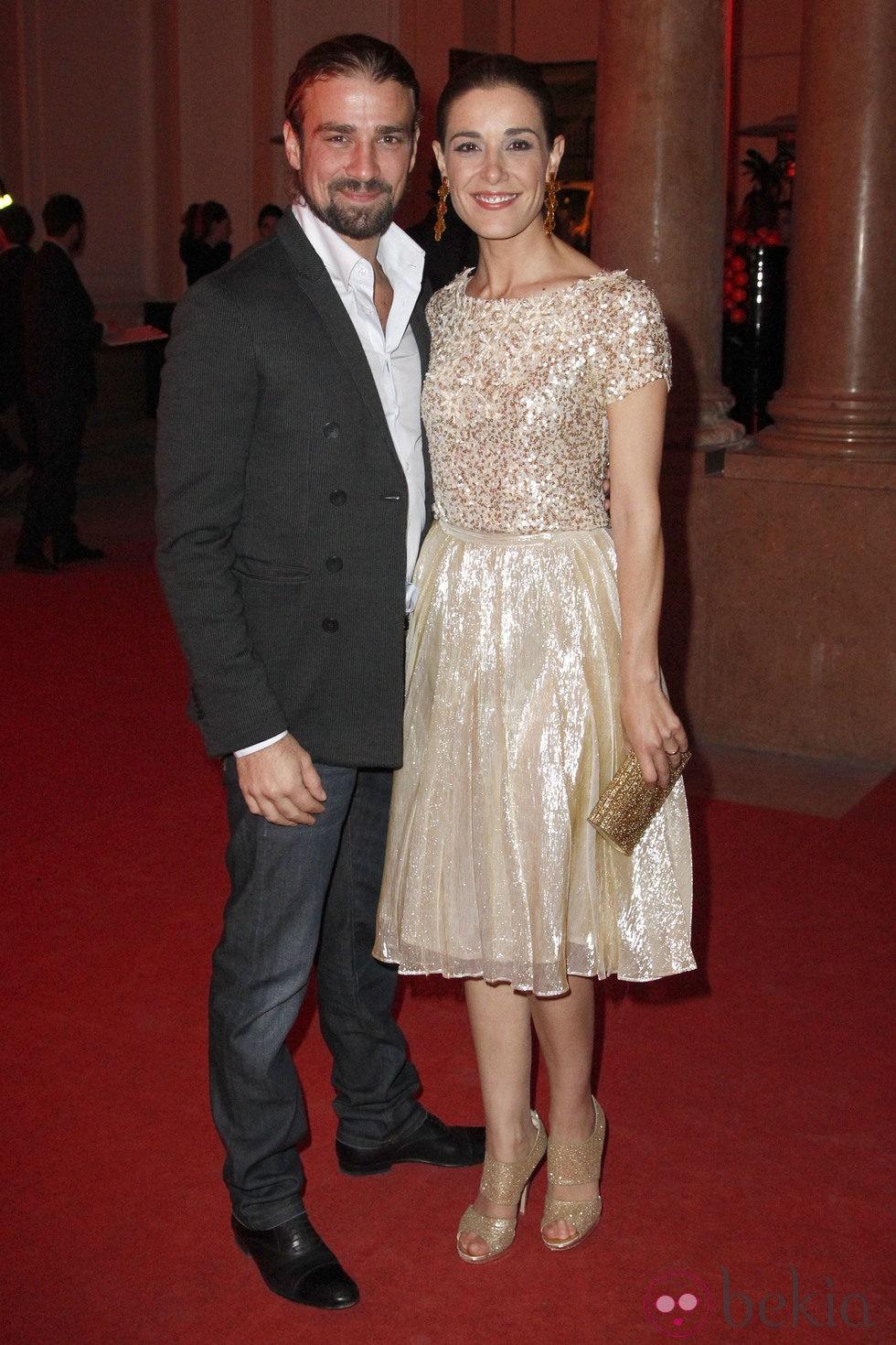Raquel Sánchez Silva y Mario Biondo en la presentación del número de diciembre 2012 de Vogue España