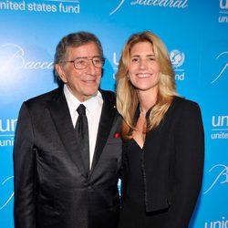 Tony Bennett y su mujer Susan en la Unicef SnowFlake Ball 2012