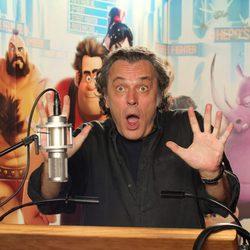José Coronado doblando el personaje de Satán en ¡Rompe Ralph!