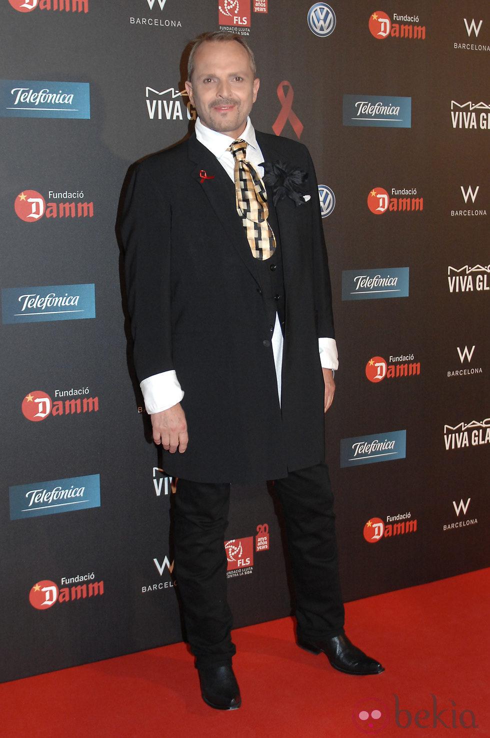 Miguel Bosé en la gala contra el Sida 2012 de Barcelona
