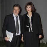 Andrés Vicente Gómez y Concha García Campoy en el estreno del musical 'El último jinete'