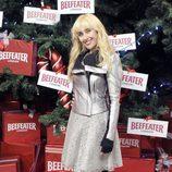 Geraldine Larrosa 'Innocence' enciende el árbol de Navidad del Palacio de Cibeles de Madrid