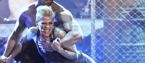 Pink durante su actuación para el programa 'Wetten Das?' de la televisión alemana