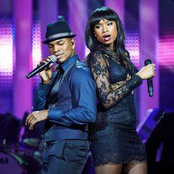 Ne-Yo y Jennifer Hudson en el concierto en honor al Premio Nobel de la Paz 2012
