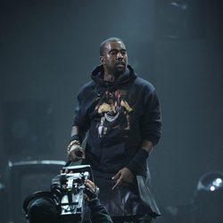 Kanye West en el concierto a favor de las víctimas del huracán Sandy