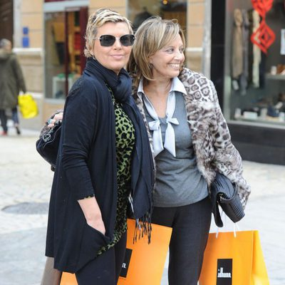 María Teresa Campos y Terelu Campos, de compras por Málaga
