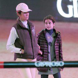 La Infanta Elena y Victoria Federica en la Madrid Horse Week 2012