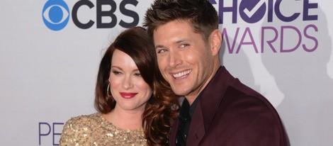 Jensen Ackles y Danneel Harris presumen de embarazo en los People's Choice Awards 2013