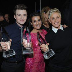 Chris Colfer, Lea Michele y Ellen DeGeneres en los People's Choice Awards 2013