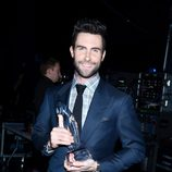 Adam Levine en los People's Choice Awards 2013