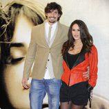 Felipe López y Mireia Canalda en el estreno de 'Volver a nacer' en Madrid