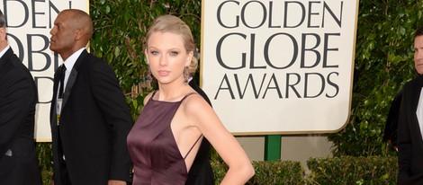 Taylor Swift en la alfombra roja de los Globos de Oro 2013