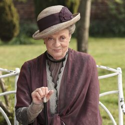 Maggie Smith en una foto promocional de 'Downton Abbey'