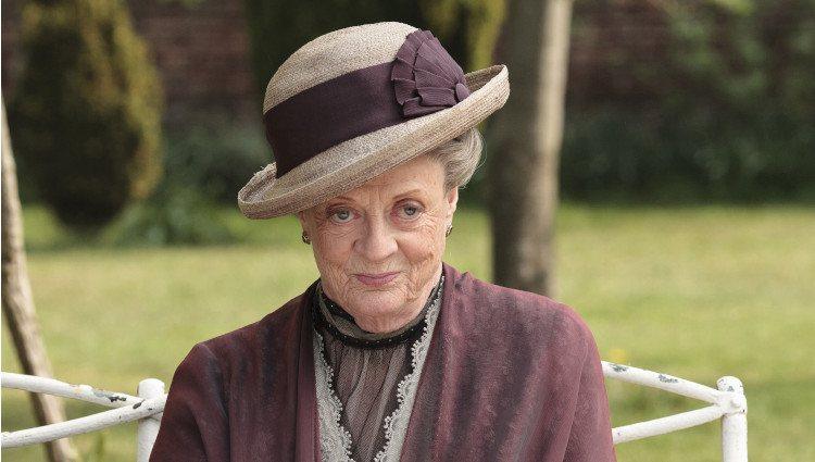Maggie Smith en una foto promocional de 'Downton Abbey'