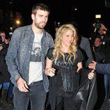 Gerard Piqué y Shakira en la presentación del libro de William Mebarak