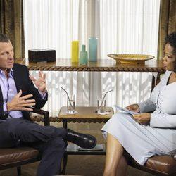 Lance Armstrong y Oprah Winfrey durante una entrevista
