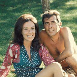 Fernando Guillén y Gemma Cuervo durante unas vacaciones en los años 70