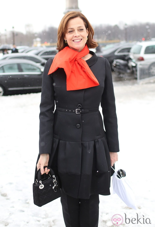 Sigourney Weaver en la Semana de la Moda de París otoño/invierno 2013/2014