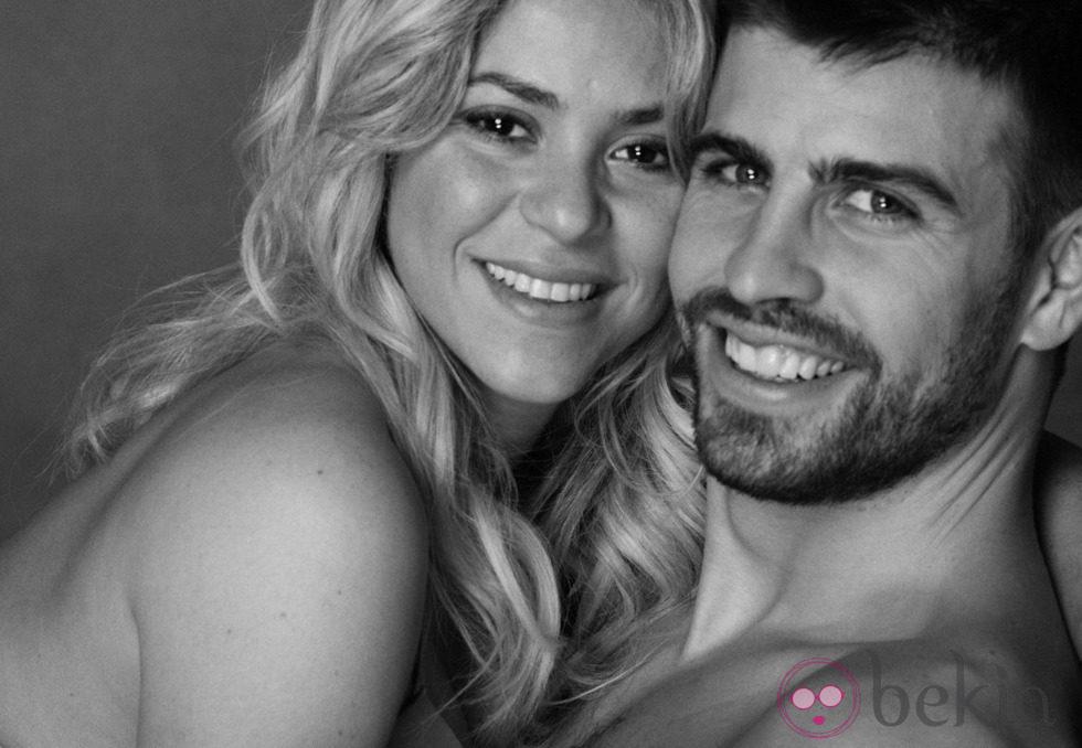 Gerard Piqué y Shakira muy sonrientes